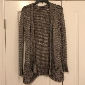 QED London Cardigan With Pockets